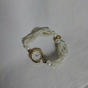 Jewelry - Linel watch with pearl band